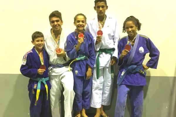 Atletas medalhistas da competição