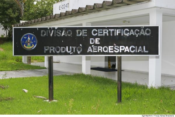 O IFI certifica produtos aeroespaciais