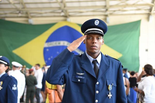Afirmação foi feita durante entrega da medalha Mérito Desportivo Militar a 280 personalidades no RJ