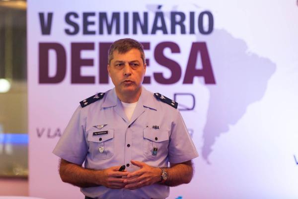 Temática fez parte da programação de seminários de defesa que ocorrem paralelos à feira