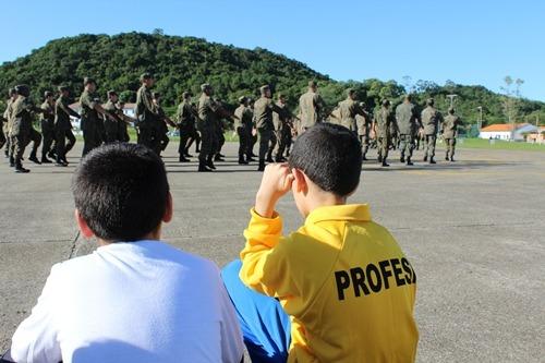 A novidade é a participação do Avaí Futebol Clube que montará escolinhas de futebol para os alunos inscritos