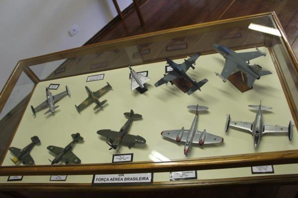 Miniaturas de aeronaves da FAB