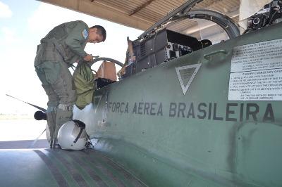 Aspirantes a Oficial continuam curso operacional em Natal (RN); agora em fase avançada