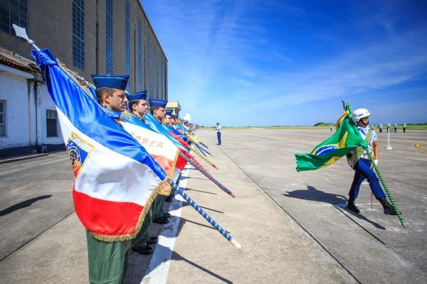 Cerimônias militares, palestras e apresentações fizeram parte das comemorações