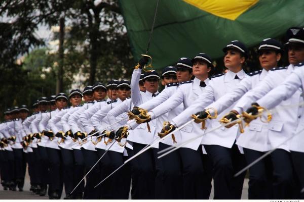 Quadro de oficiais convocados envolve diferentes áreas profissionais