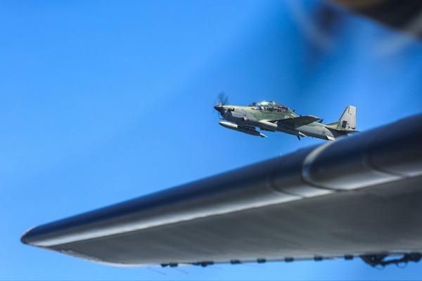 Exercício multinacional simula interceptação de avião desconhecido que passa pelo espaço aéreo dos três países