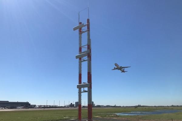 Equipamento auxilia o pouso de aeronaves em dias de visibilidade restrita