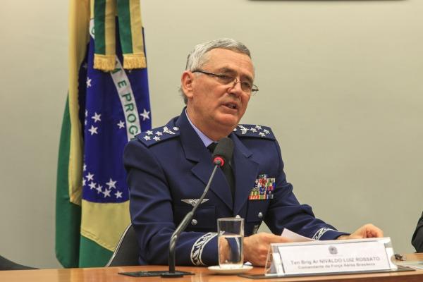 À frente do Comando da Aeronáutica há dois anos e meio, Oficial-General mostra como a Força Aérea cumpre sua missão