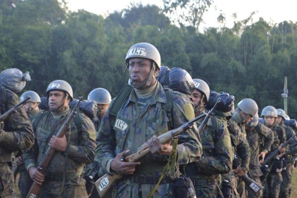 Aprofundar conhecimentos dos regulamentos e das características da vida militar foi o objetivo do curso