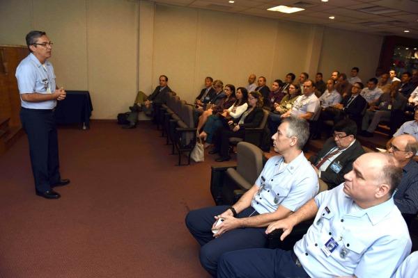 O evento reuniu profissionais liberais, universidades, indústria e empresas governamentais