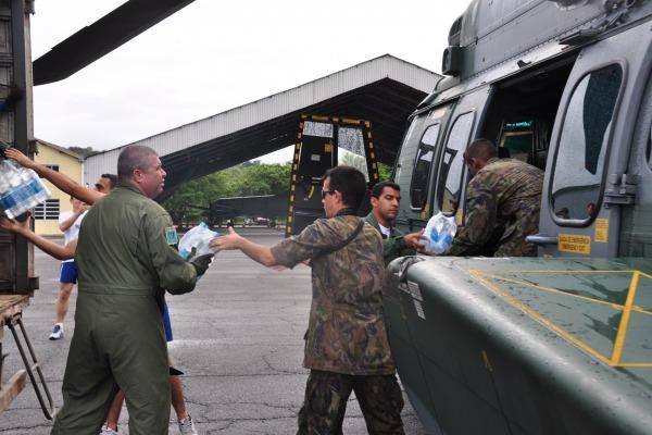 Um helicóptero H-36 Caracal foi engajado na missão de ajuda a vítimas no Nordeste