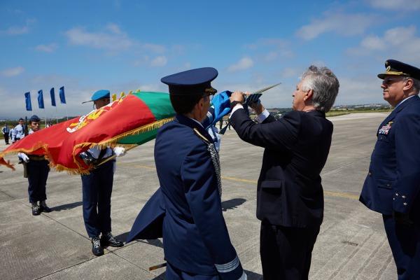 Primeira Base Aérea da Força Aérea Portuguesa é homenageada pela FAB