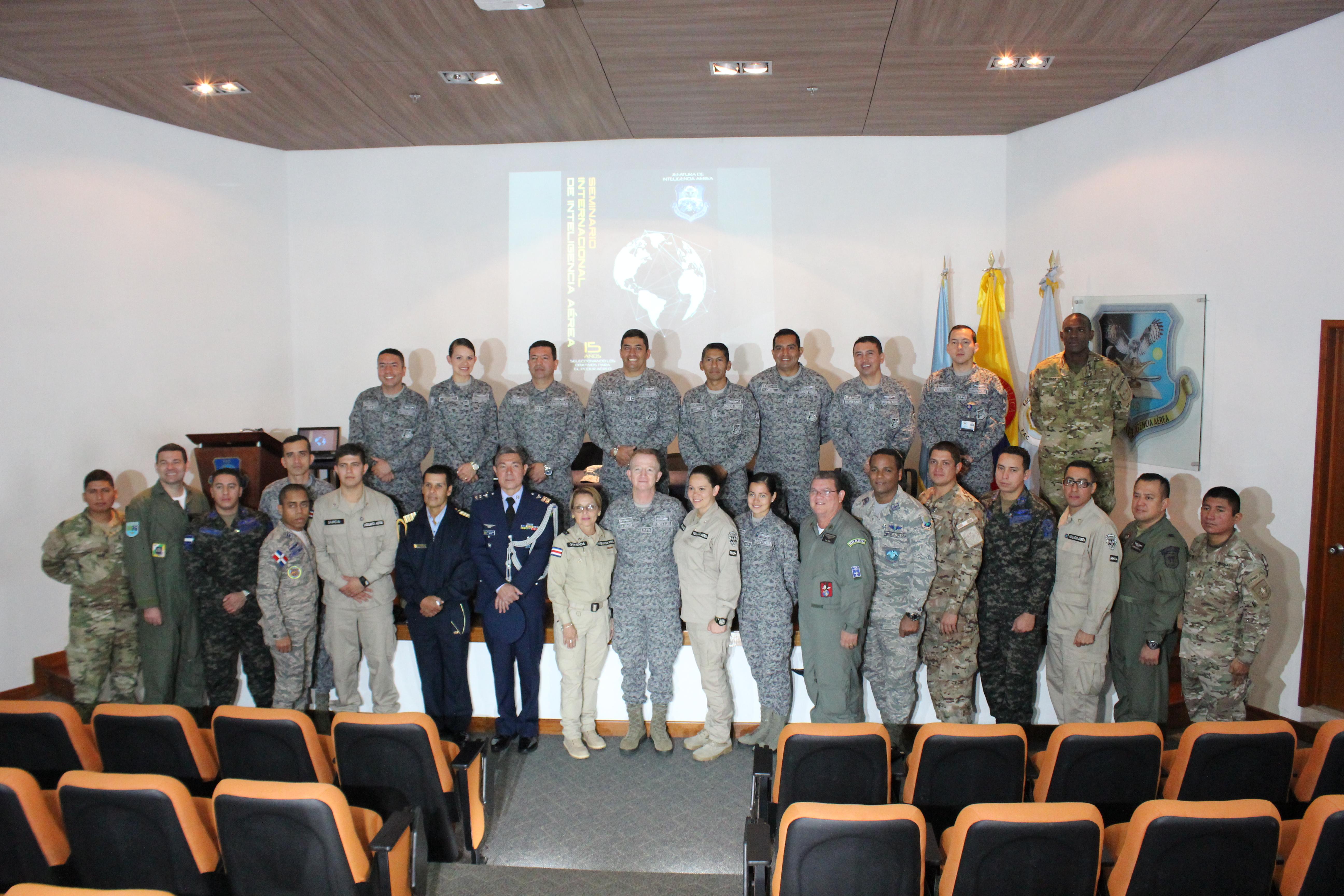 Curso teve duração de um mês e participação de militares de oito países