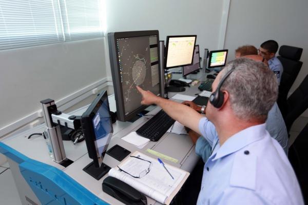 Controladores do APP operando o SAGITARIO
