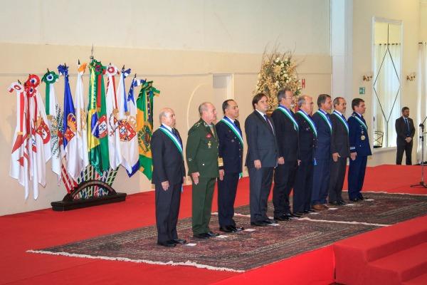 Medalha Ordem do Mérito da Defesa foi entregue também a cinco instituições