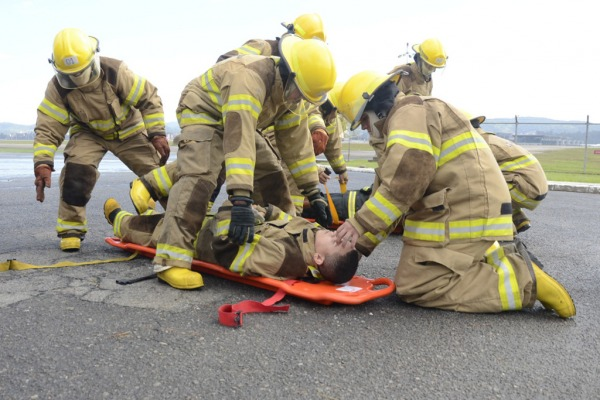 O curso realizou simulação de atendimento a vítimas