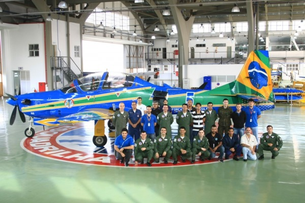 O objetivo é verificar a vida úitl da aeronave que há quatro anos é operada pela Esquadrilha