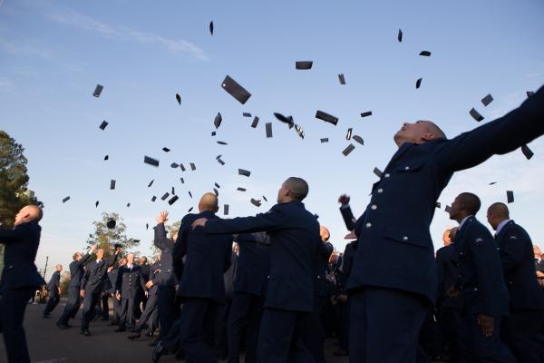 Os novos militares passaram por um curso de formação durante o primeiro semestre