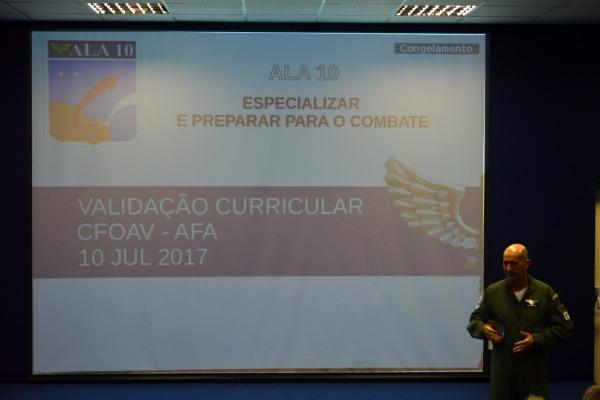 """A concepção estratégica """"Força Aérea 100"""" demanda transformações na forma de pensar o ensino dentro da instituição"""