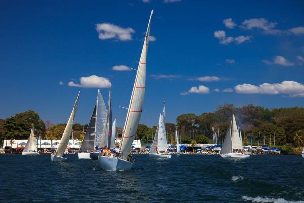 Evento conta com a participação de 19 embarcações em diversas categorias