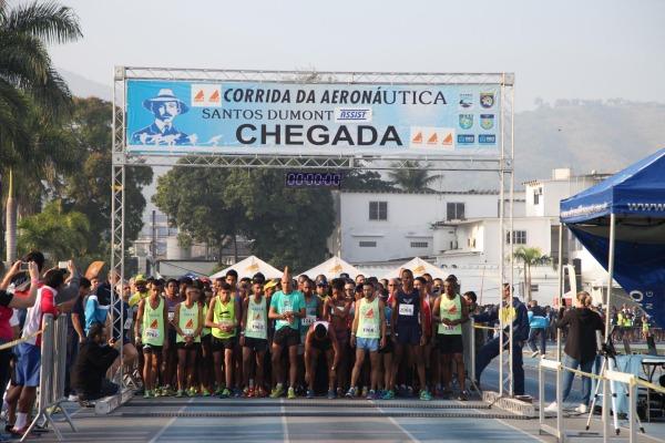Corrida reuniu aproximadamente 1600 participantes/SO Ricardo