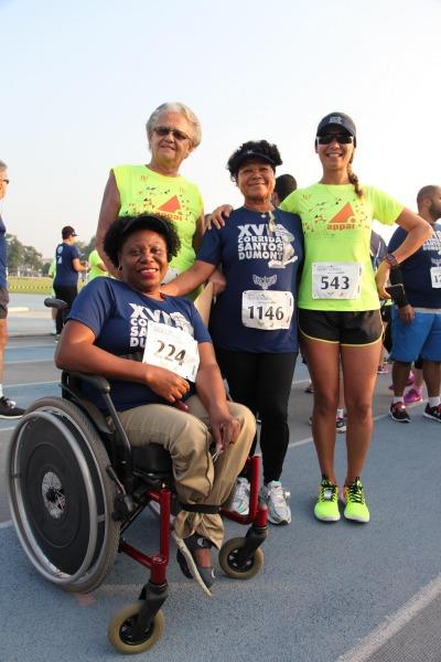 Jessica Nery reuniu mãe e tias para participar da corrida/SO Ricardo