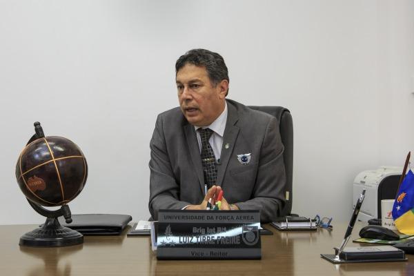 Brigadeiro Tirre Freire analisa futuras parcerias internacionais para a UNIFA