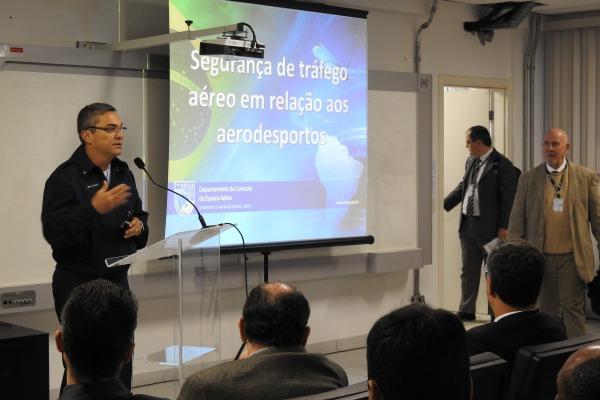 A iniciativa visa regular as atividades aerodesportivas no Brasil com vistas à manutenção da segurança operacional
