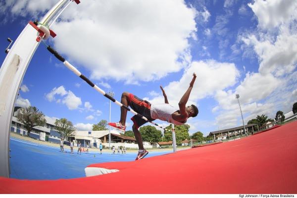 Salto em altura no Projeto Talentos Esportivos