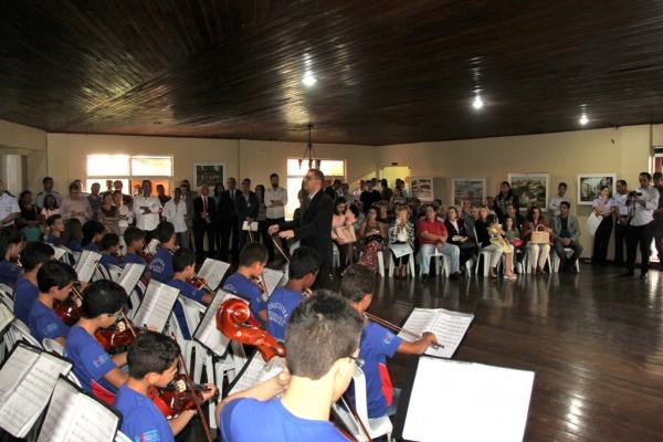 Apresentação da Orquestra Sinfônica da Cidade de Feira Nova