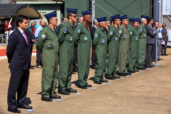 Comandante da Aeronáutica e Oficiais-Generais na solenidade