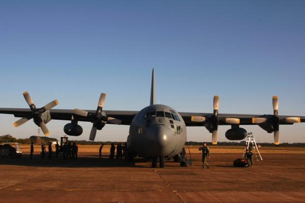 Dois C-130 da FA do Chile trouxeram a equipe