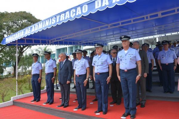 Cerimônia contou com presença de militares intendentes da ativa e da reserva