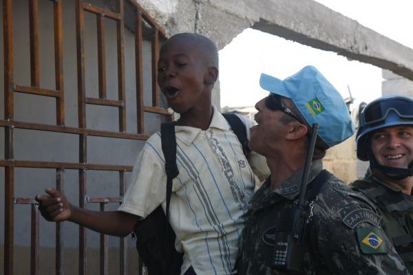 Em torno de 37.500 militares brasileiros atuaram no Haiti/Sérgio Kremer