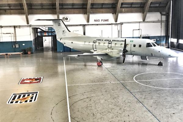 Aeronave C-97 Brasilia que realizou o transporte