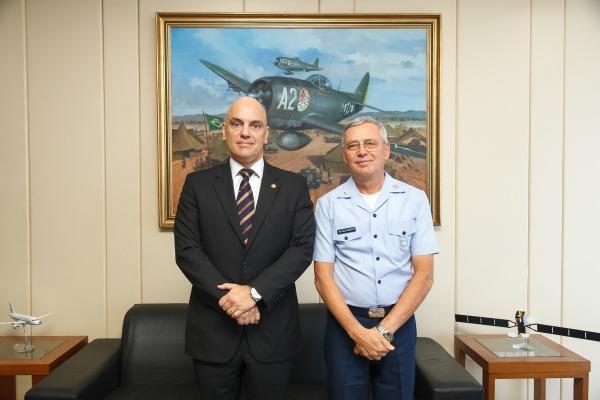 Comandante da Aeronáutica recebe Ministro do STF Alexandre de Moraes