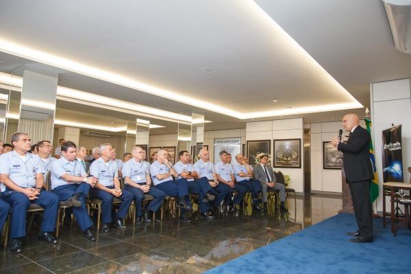 Ministro do STF realiza palestra para Oficiais-Generais da FAB