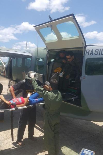 Foram quase seis horas de voo entre Manaus e a localidade onde estava a jovem
