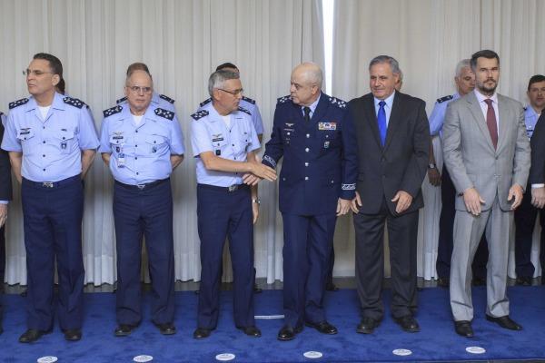 Cerimônia militar foi realizada nesta quarta-feira (11/10)