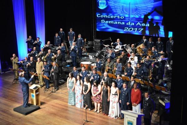 O concerto apresentou músicas de autores locais, nacionais e internacionais