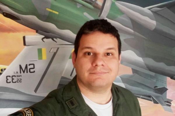 Capitão Rodolfo de Meneses Oliveira -  Esquadrão Centauro (3º/10º GAV)