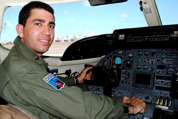 Capitão George Washington Arantes Alves de Lima - Esquadrão Carcará (1°/6°GAV)