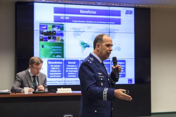 Força Aérea reforça a necessidade de cumprimento do cronograma de desenvolvimento do KC-390, que está 94% concluído