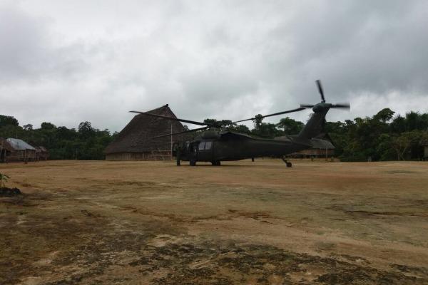 O helicóptero Black Hawk foi utilizado na missão
