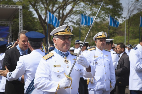O Almirante de Esquadra Leonardo Puntel foi homenageado