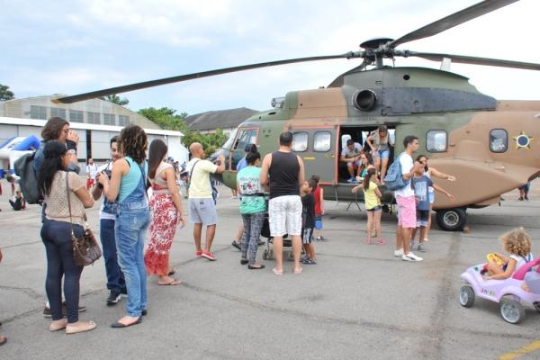 Exposição estática de aeronaves atraiu a população