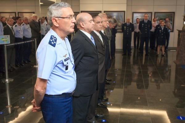 Ex-Chefes do EMAER são homenageados durante a cerimônia