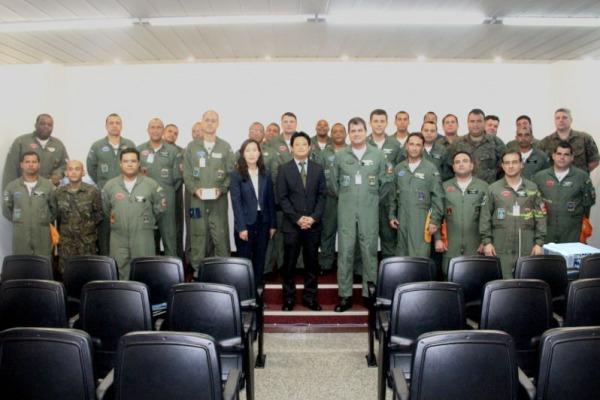 Conselheiro de Política da Embaixada agradece apoio nas buscas a cargueiro