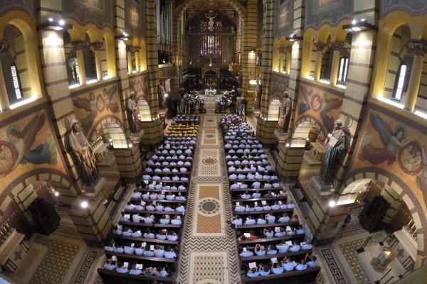 A missa, coordenada pelo HFASP, ocorreu no Mosteiro de São Bento