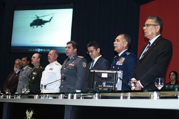 No Estado, a Ala 8 transporta enfermos, defende o espaço aéreo e apoia diversos órgãos